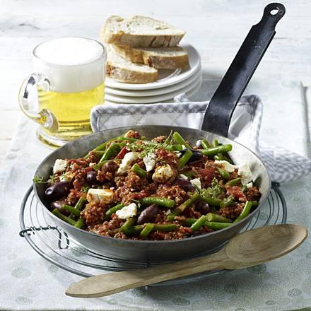 Greek bean mince pan