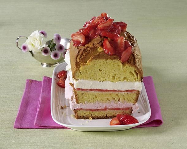 Strawberry and cream box cake