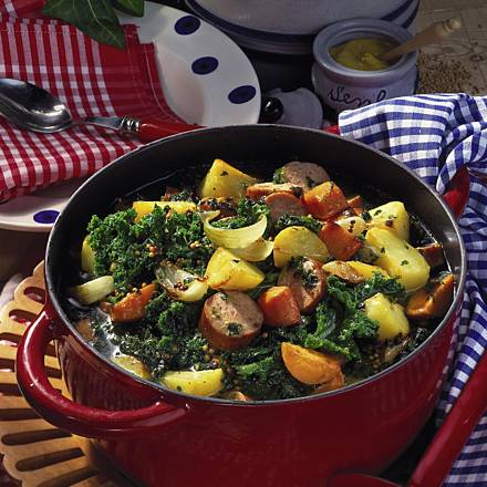 Kale pot with cooked sausage