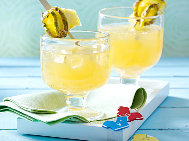 Ginger and pineapple drink