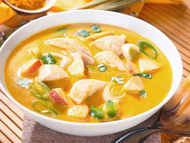 Curry soup with chicken