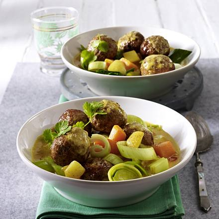 Meatball curry with leek and pumpkin