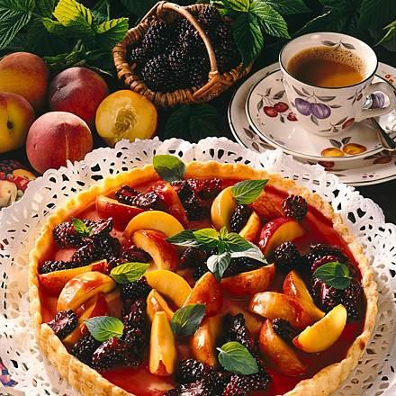 Cheese fruit tart