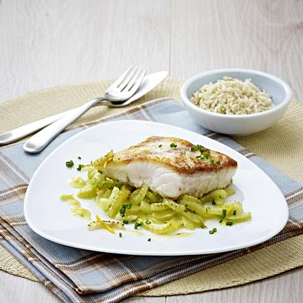 Victoria perch with orange celery and whole grain rice (low carb)